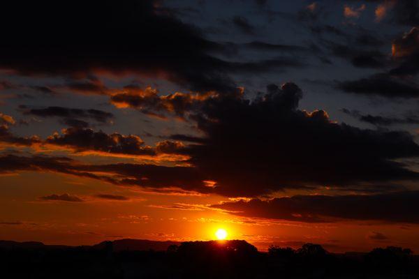 Pandemic Sunset thumbnail