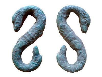 In Herefordshire, a resident encountered this pair of post-medieval snake-shaped belt or strap hooks.