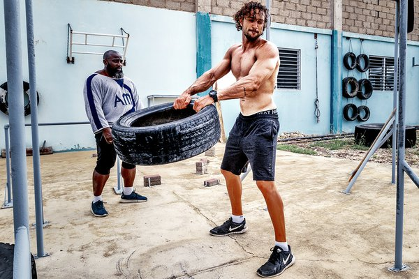 Training with car tyres thumbnail