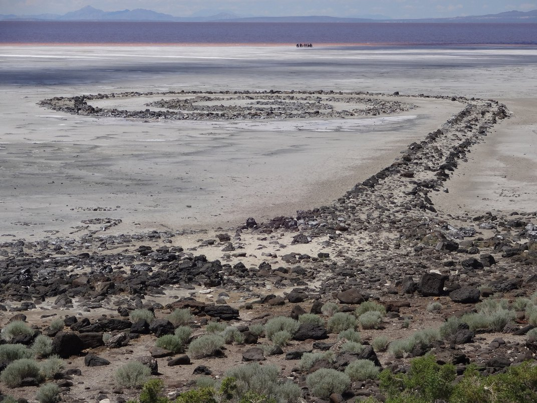 Archives of Groundbreaking Land Artist Nancy Holt Head to the Smithsonian