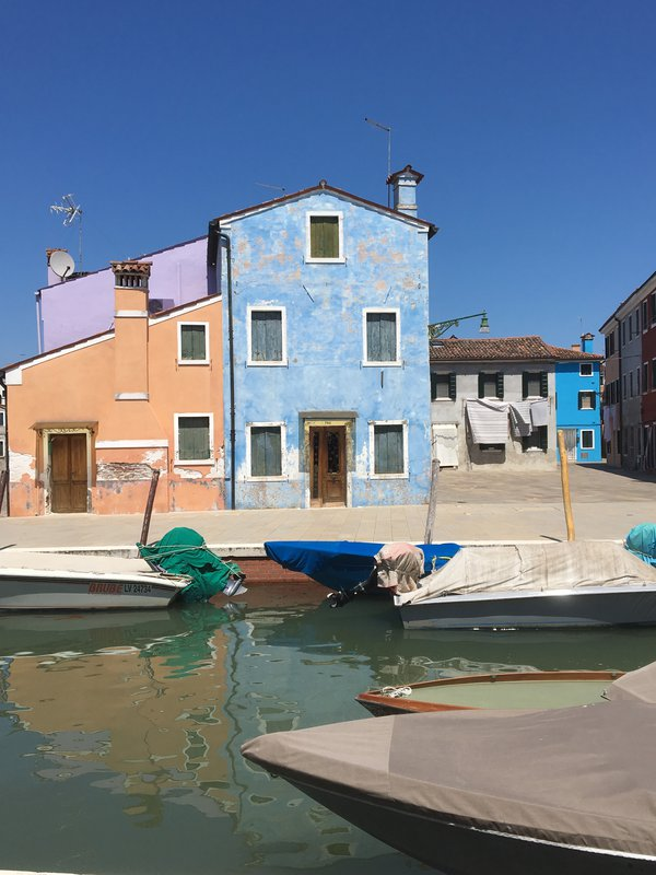 Colorful houses on Burano Island in  Italy. thumbnail