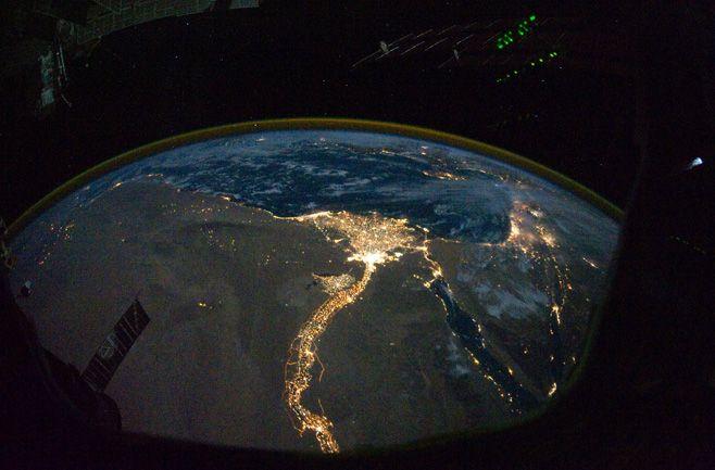 2012091711401009_17_2012_space-station-photo.jpg