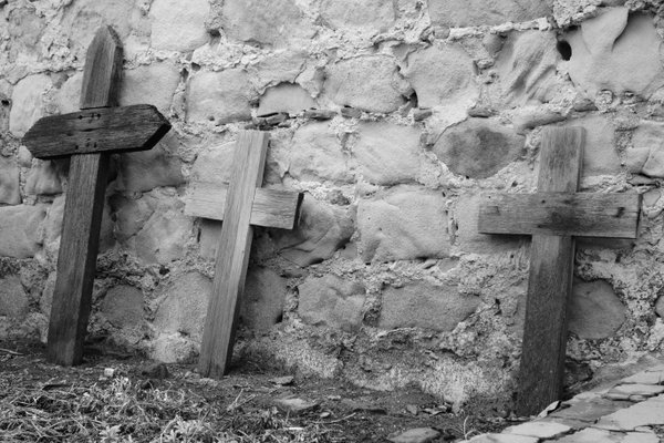 Three crosses thumbnail