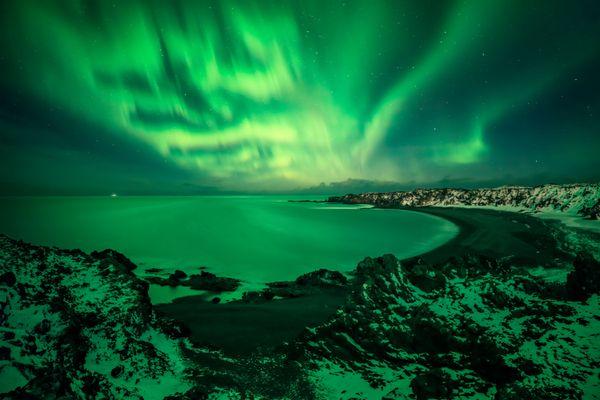 The Aurora Over Djúpalónssandur Beach thumbnail
