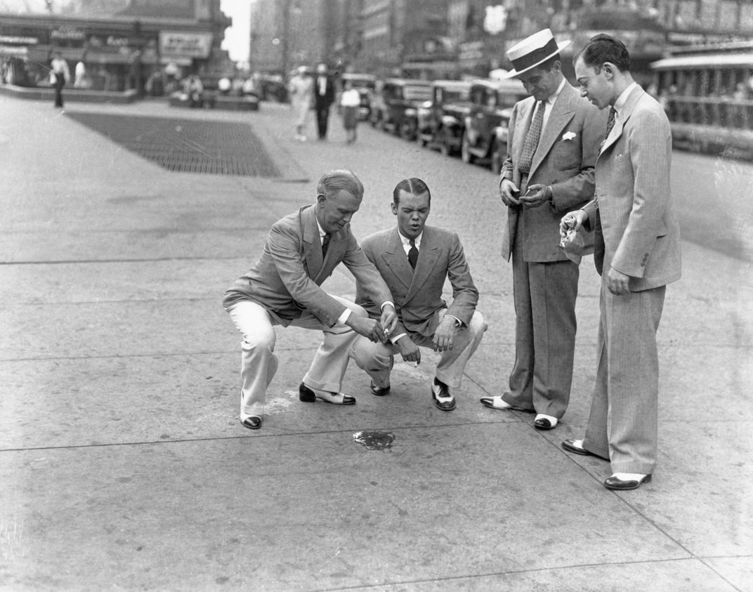 Attempting to Fry an Egg on the Sidewalk Has Been a Summer Pastime for Over 100 Years