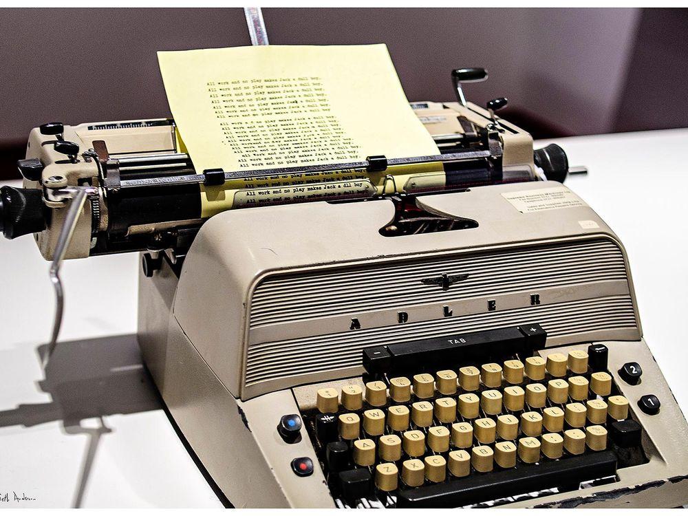 01_12_2014_typewriter.jpg