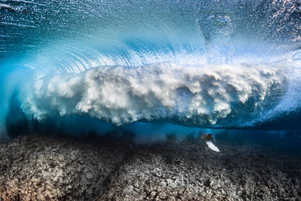 Under the wave thumbnail