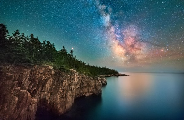 Milky way rising over the Schoodic Cliffs thumbnail