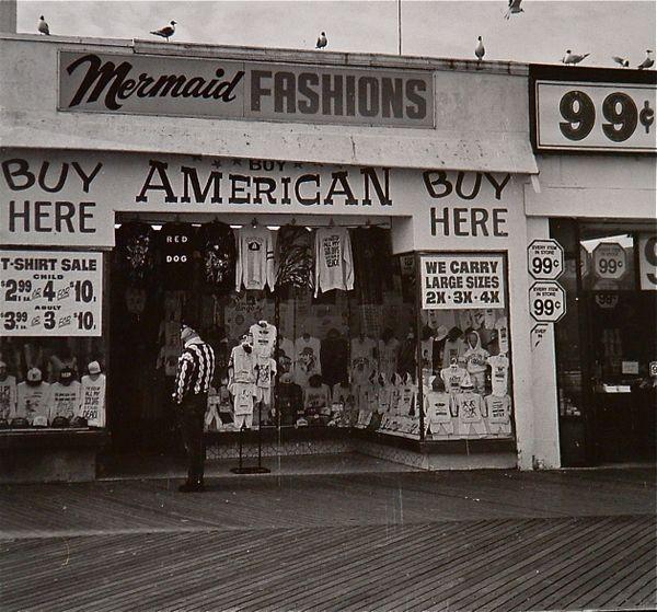 Boardwalk shop, Atlantic City, New Jersey thumbnail