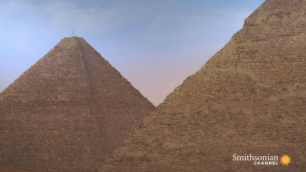 Preview thumbnail for Why Pyramids Were Effective Advertisements for Tomb Robbers