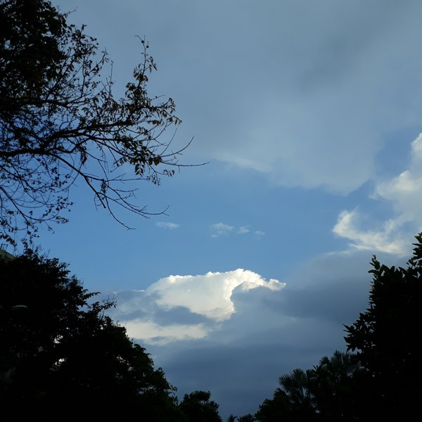 Beautiful clouds. thumbnail