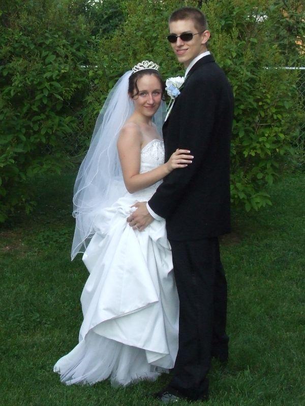 Chad & Mea Weidenfeller's wedding day. thumbnail