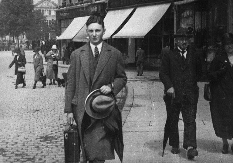 Max_Stern_in_Germany,_c._1925.jpg