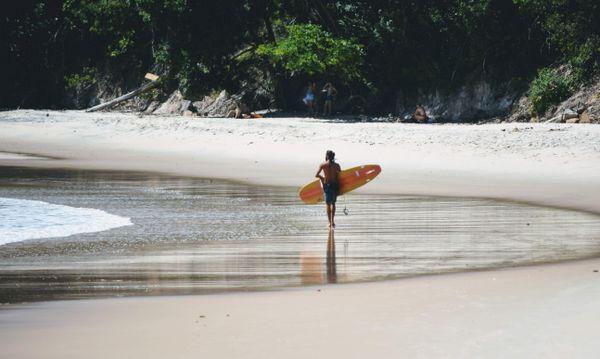 Surfer boy thumbnail