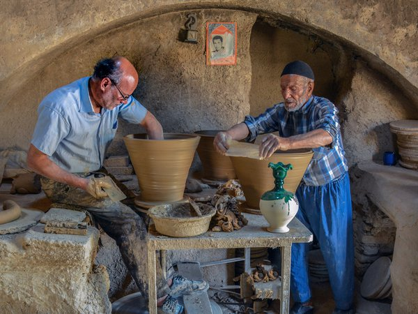Old pottery thumbnail