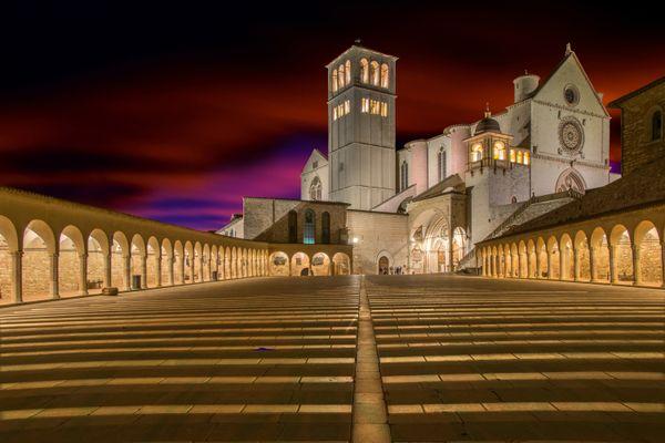 Piazza St. Francis Basilica thumbnail