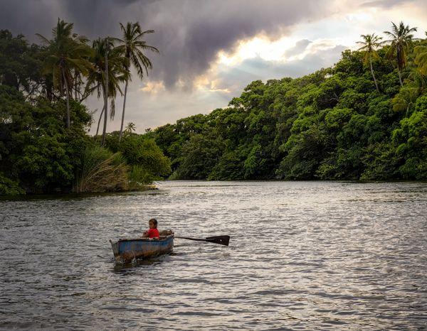 Little Girl Carmen from Lake Nicaragua thumbnail