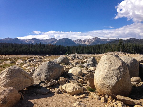 The desolate lake bed of Lake Thomas A Edison in Sierra National Forest thumbnail
