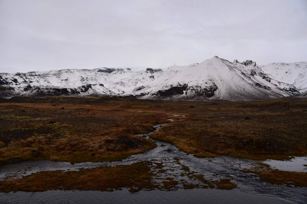 Icelandic Mountains thumbnail