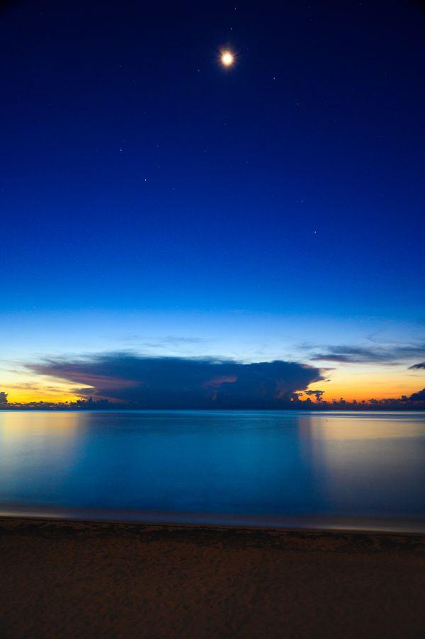 Stormy Sunrise in Hallandale Florida thumbnail