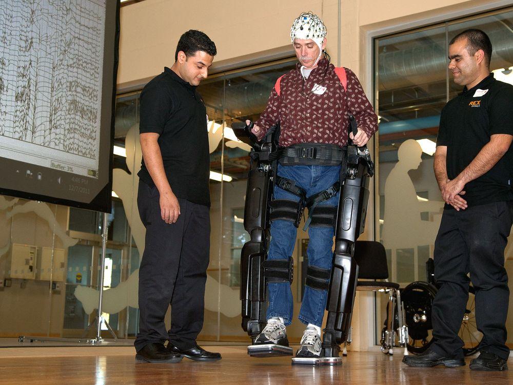 brain-controlled-exoskeleton