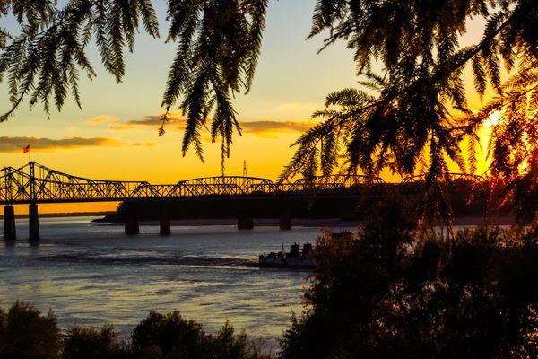 Twilight of Mississippi river thumbnail