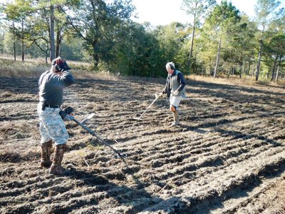 Archaeologists with the South Carolina Battlefield Preservation Trust found Tar Bluff battlefield with the help of a British officer's hand-drawn map.