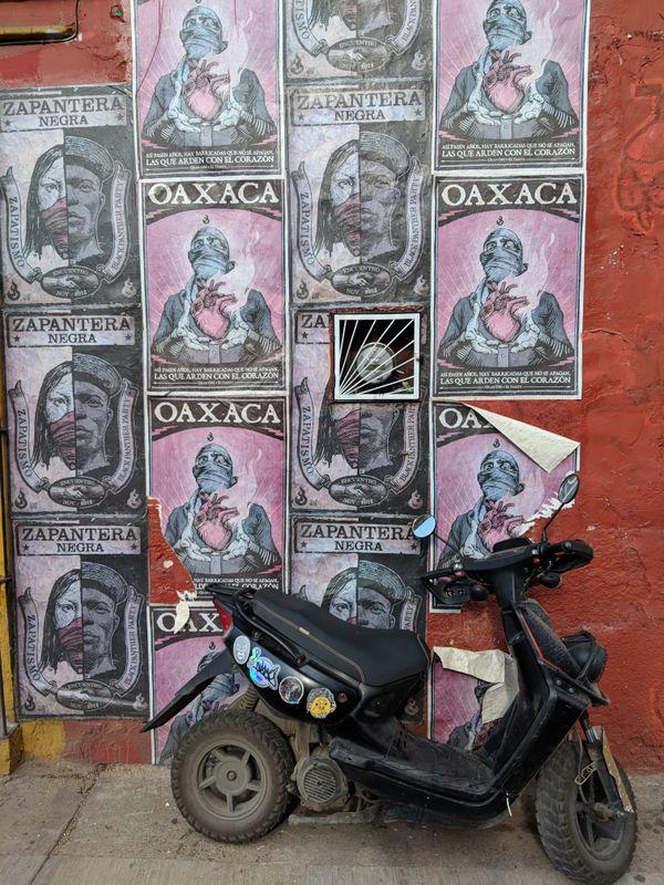 Street scene, Oaxaca, Mexico thumbnail
