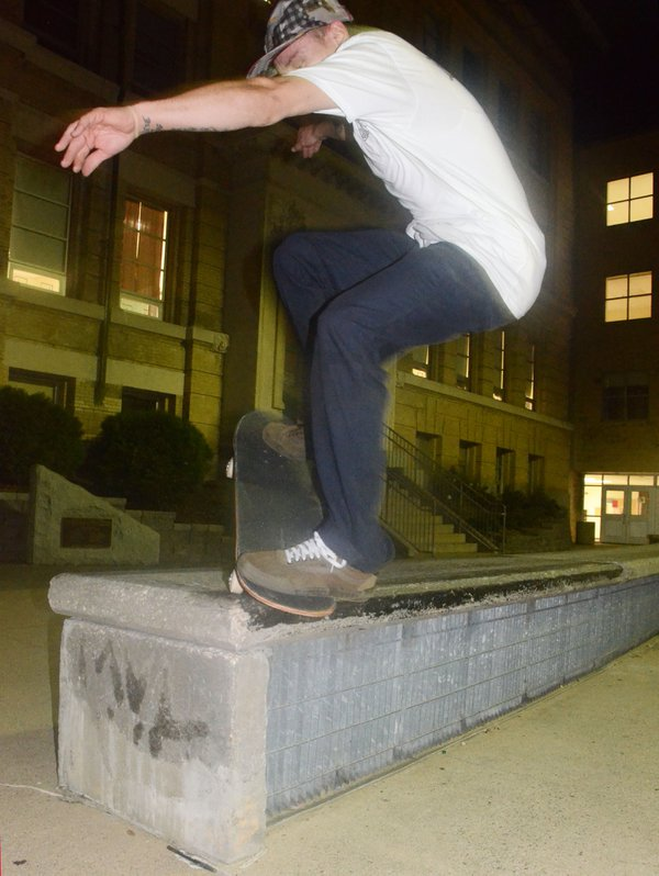 Nosegrind 180 Out thumbnail