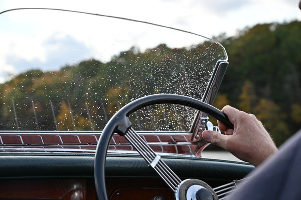 Windshield of the Chris Craft thumbnail