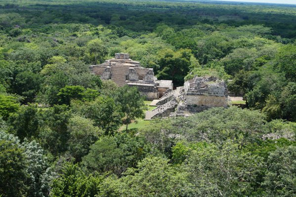Mayan ruins in the middle of the jungle thumbnail