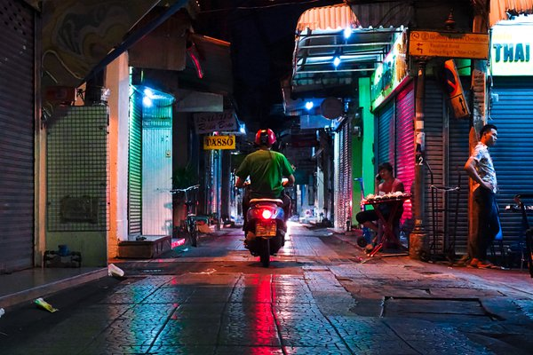 Chinatown by night thumbnail