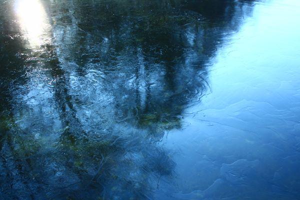 Hidden reflection of inner feelings thumbnail