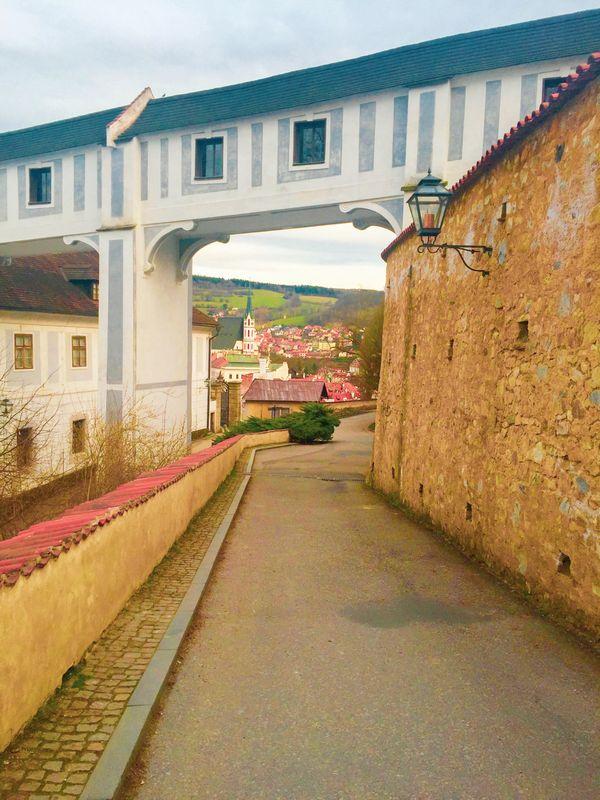 Pathway to Cesky Krumlov thumbnail