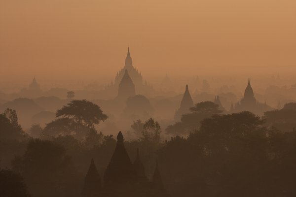 early morning in Bagan thumbnail