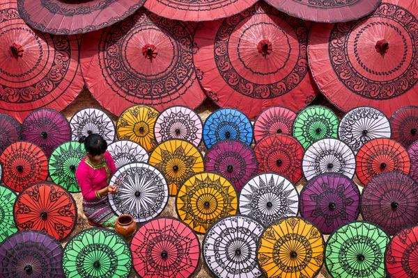Myanmar Umbrella Worker thumbnail