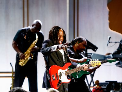 """Bass player Verdine White of Earth, Wind & Fire performed the group's iconic song """"September."""""""