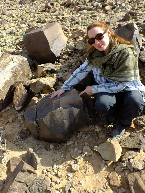 "Stone Tools at Arabian ""Crossroads"" Present Mysteries of Ancient Human Migration"