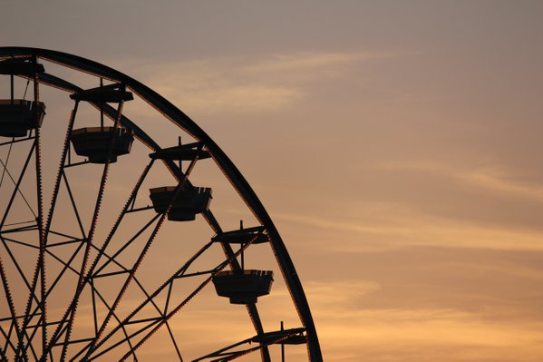Ferris Wheel at Sunset thumbnail