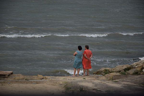 Women And The Sea thumbnail