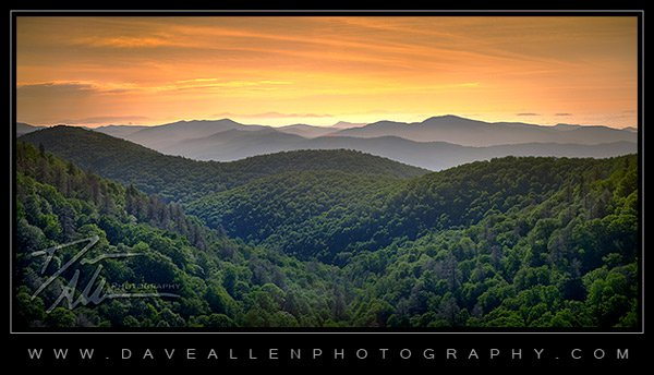 An early morning view from the Blue Ridge Parkway thumbnail