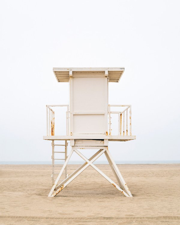 Lifeguard Tower (Huntington Beach, CA) thumbnail