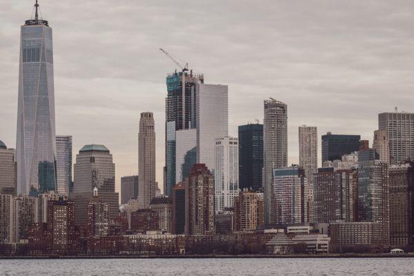 New York City skyline thumbnail