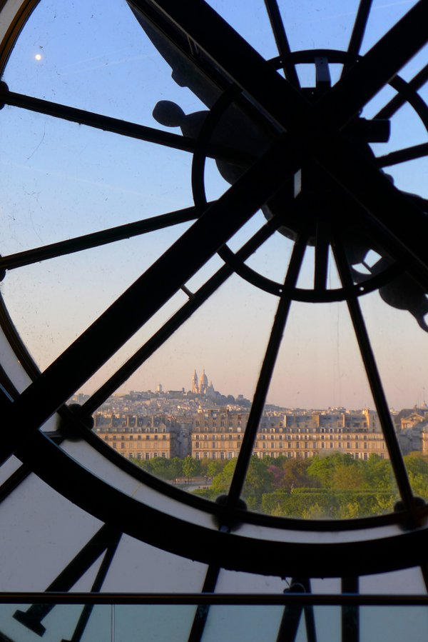 As Evening Hurries by Montmartre thumbnail