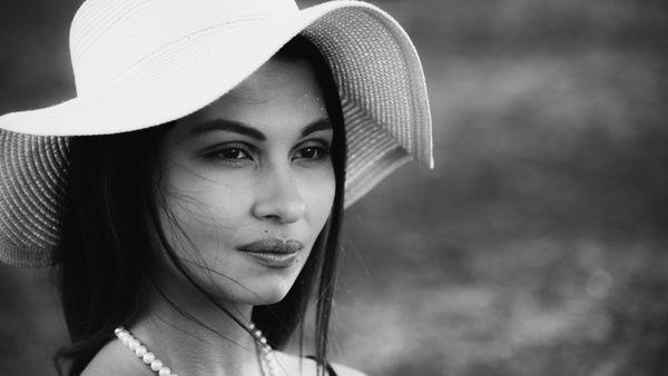 Beauty in White Hat thumbnail