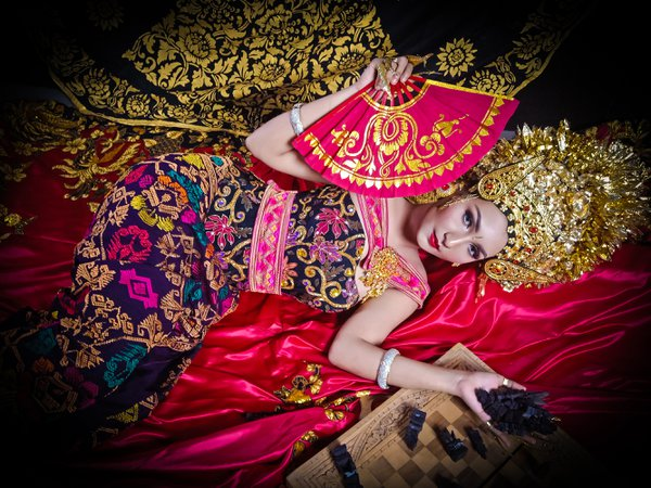 Balinese dancer thumbnail