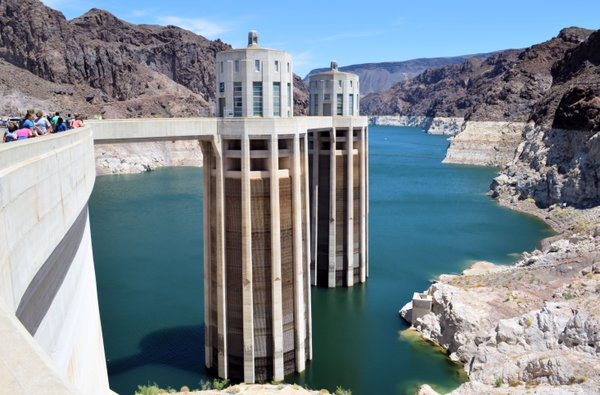 09-Hoover Dam_USA thumbnail