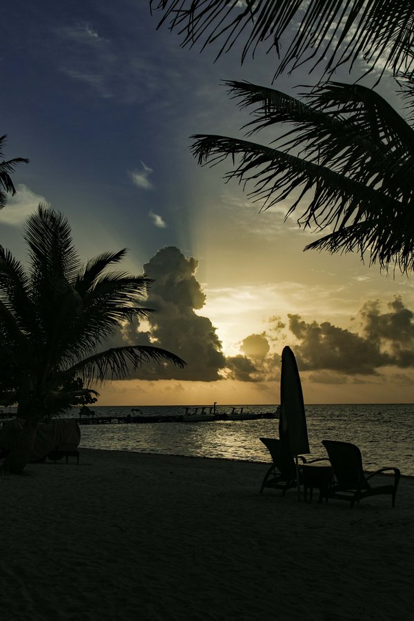 Beach Sunrise thumbnail