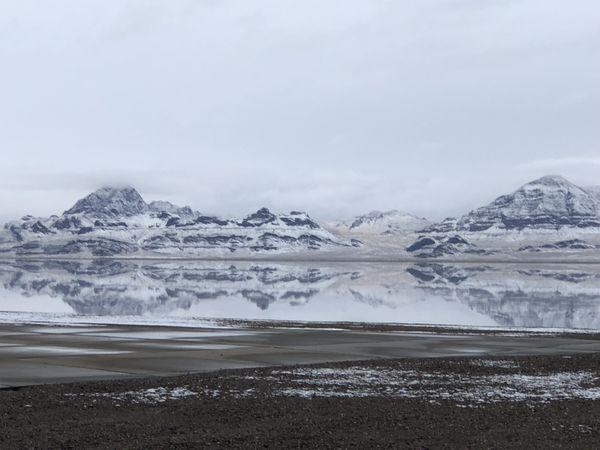 Bonneville Salt Flat from west bound rest area thumbnail