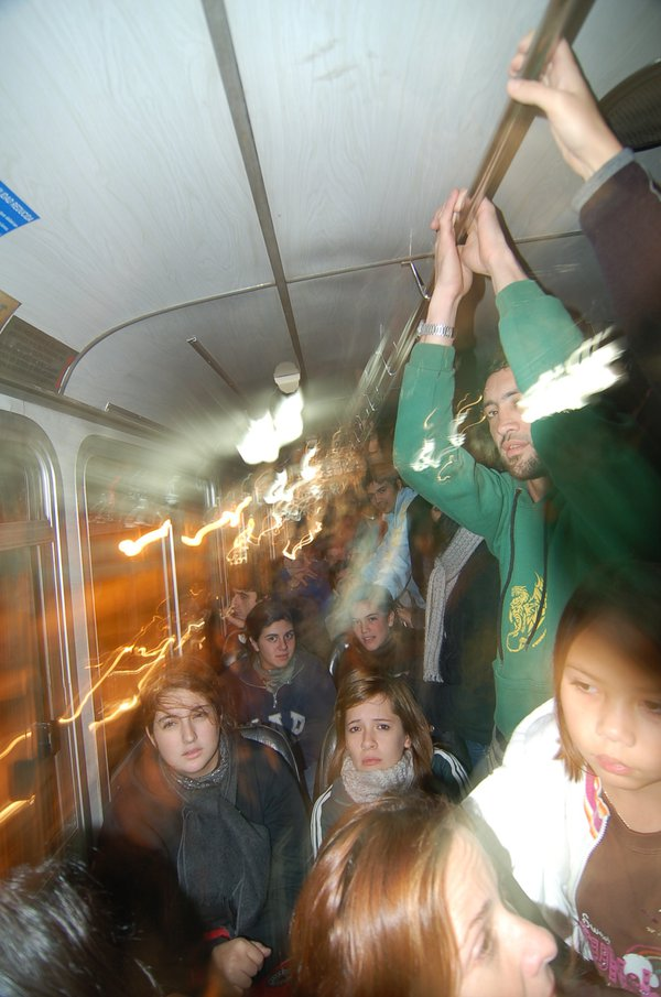 Not even leaning room on this rush-hour bus in Buenos Aires. thumbnail